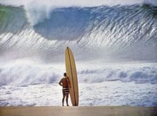 Pipeline Surfer